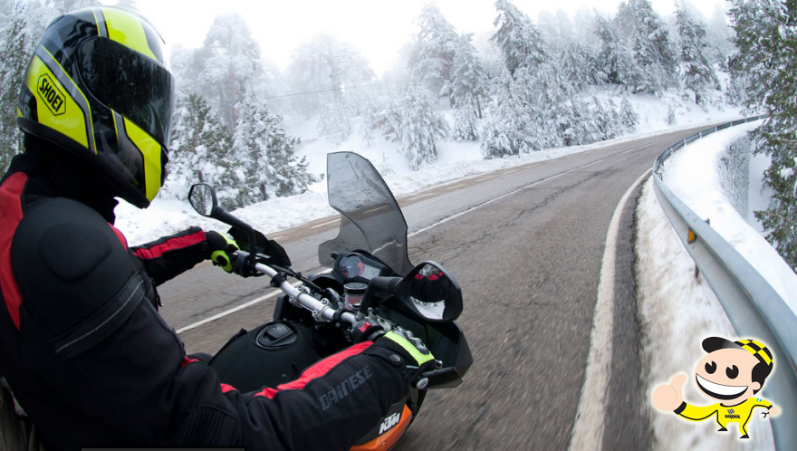 25f5a23156478 Qué ropa usar para no sufrir el frío en moto